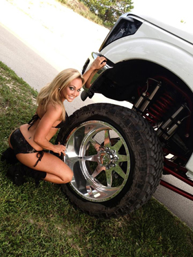 suspension lift girl