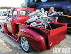 magnaflow-revolver-truck