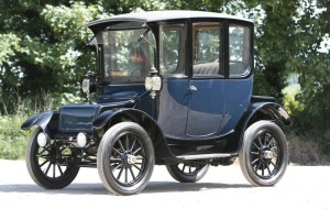 The electric powered Columbia Brougham.