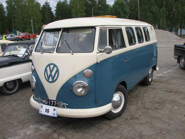Vw Makes A Video To Honor The Discontinued Vw Micro Bus 4wheel
