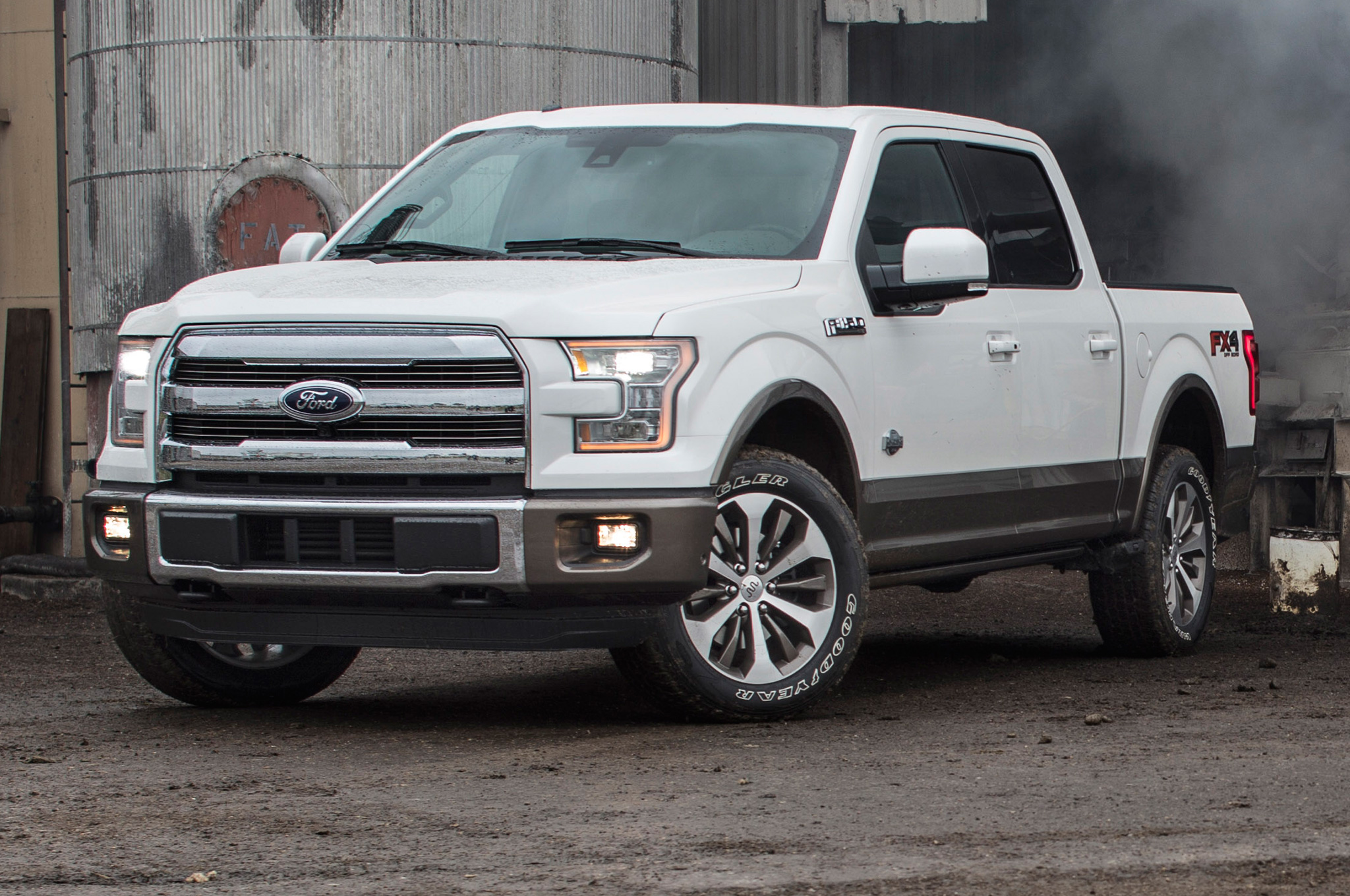 ford f 150 beats out chevy colorado for north american truck of the year 4wheel online blog. Black Bedroom Furniture Sets. Home Design Ideas