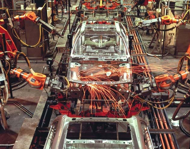 Chicago Assembly Plant robotic welding on a 1986 Ford Taurus