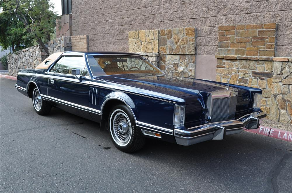 the top 10 lincoln continentals of all time 4wheel online blog automotive news. Black Bedroom Furniture Sets. Home Design Ideas