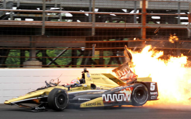 IndyCar, James Hinchcliffe, crashed