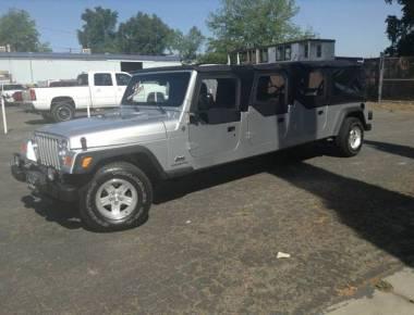 Stretch Jeep Wrangler Limo