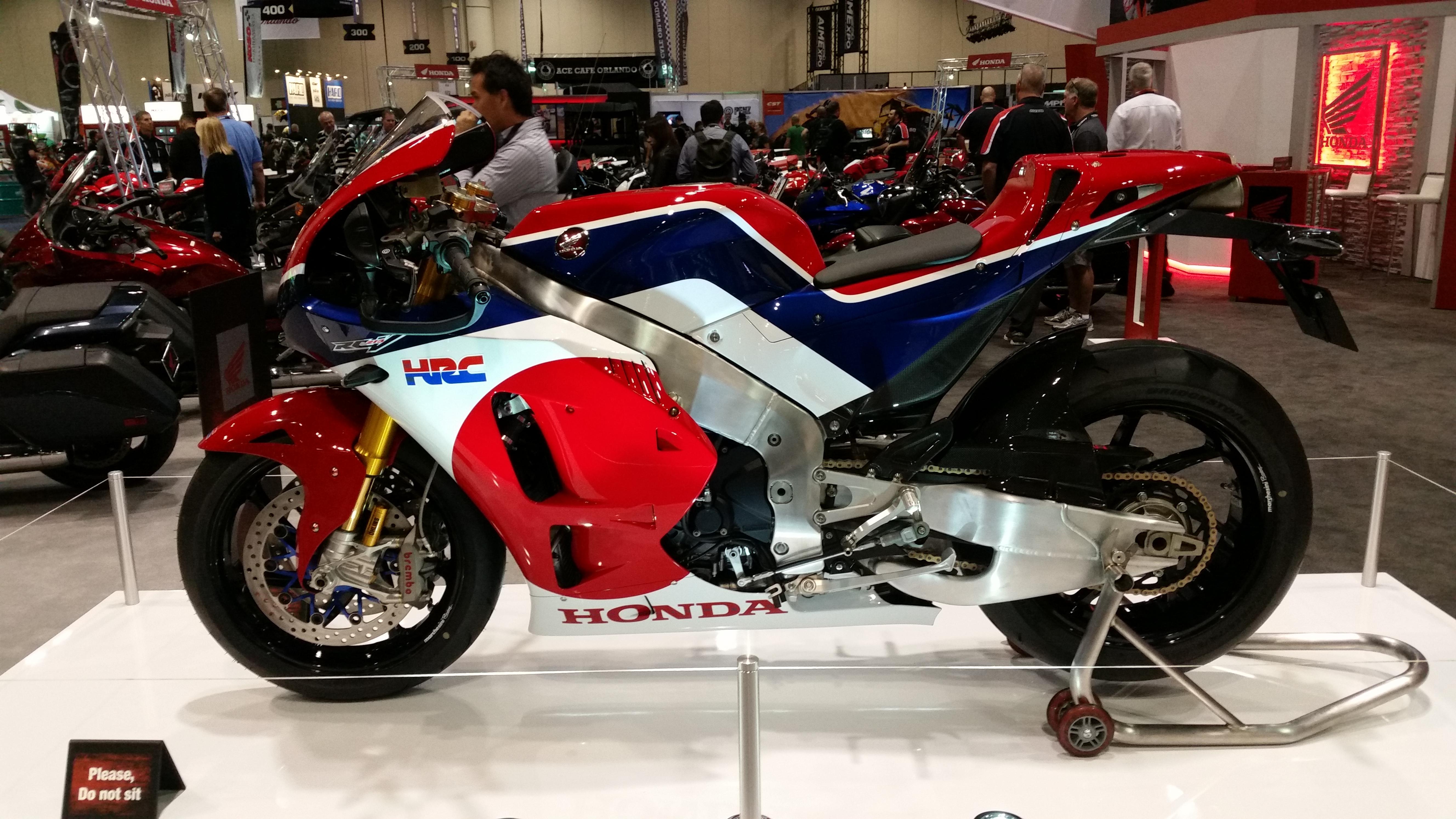Honda RCV 213 Race Bike