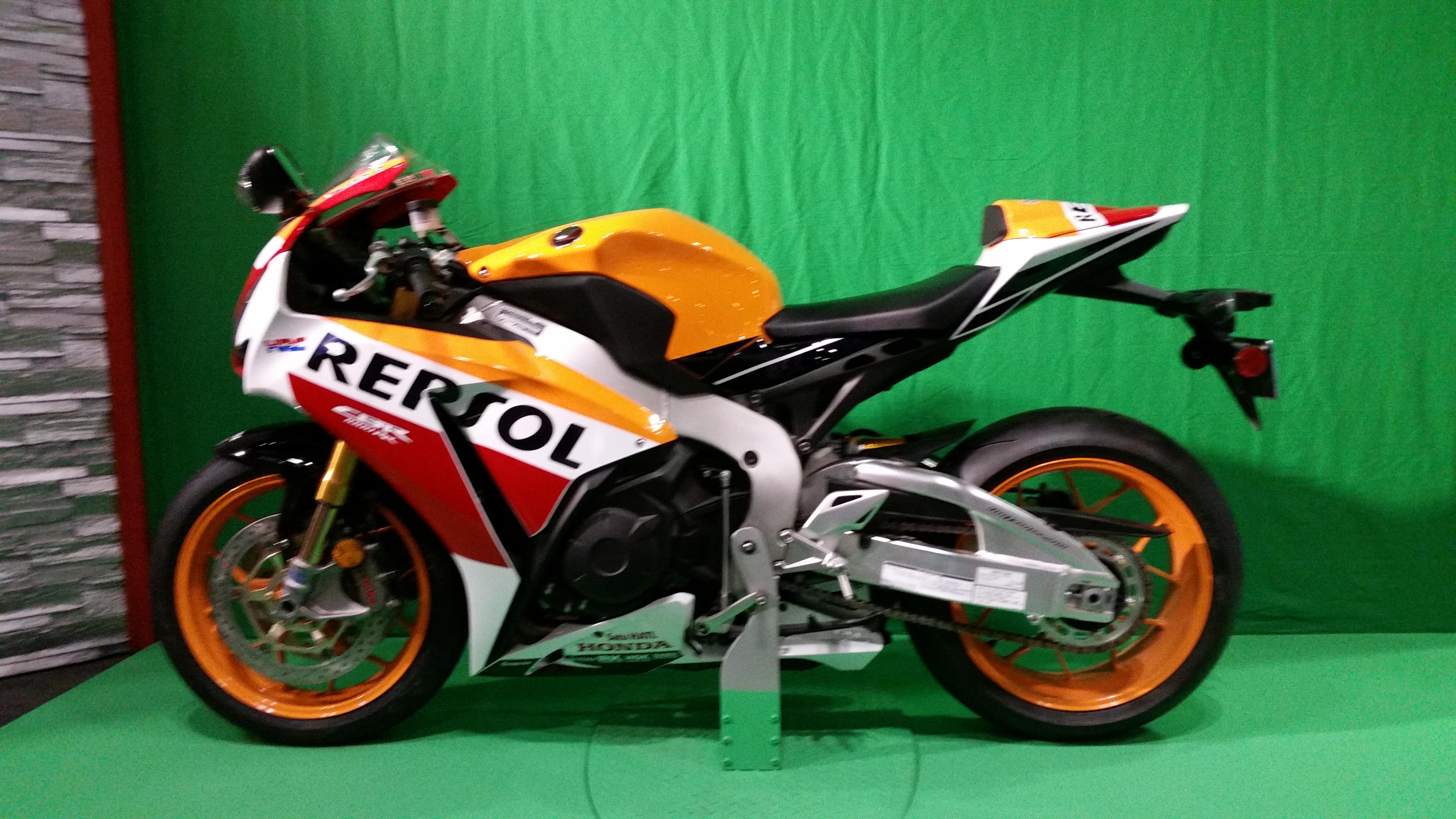 Honda RCV 213 Race Bike- Repsol Edition