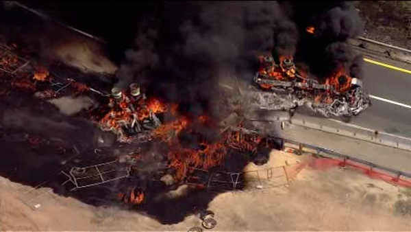 VIDEOS: GRAPHIC] Tanker crashes and explodes on NJ Turnpike