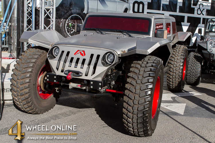 SEMA 2015 silver and red Jeep